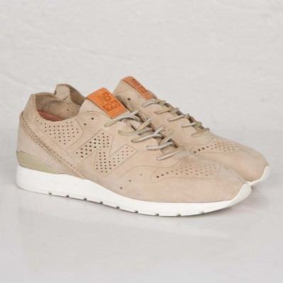 beige new balance trainers