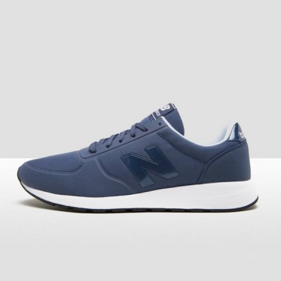 new balance blauw