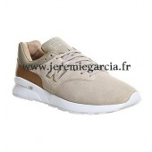 new balance 696 leather & jacquard sneaker beige