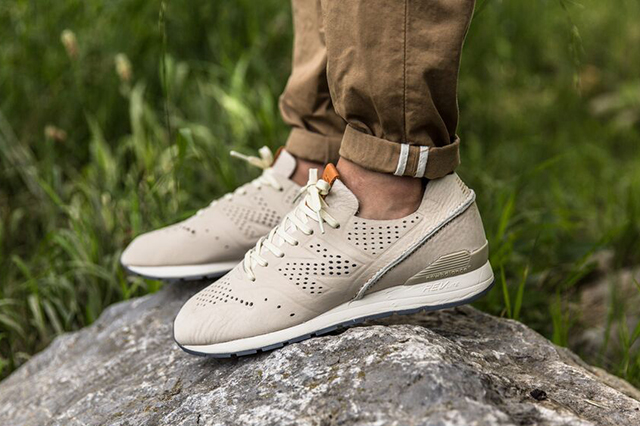 new balance deconstructed beige